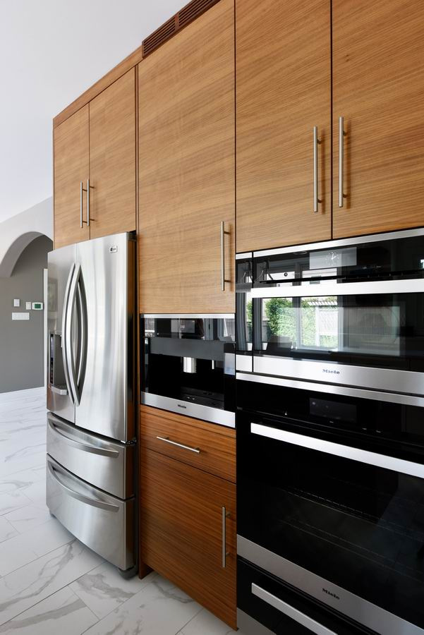 two-tone contemporary kitchen in white and walnut Amsted Design-Build Ottawa renovations
